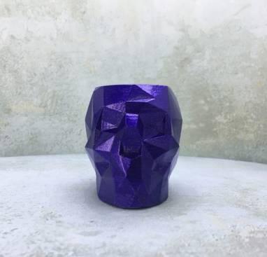 Фиолетовый полигональный подсвечник череп ручной работы