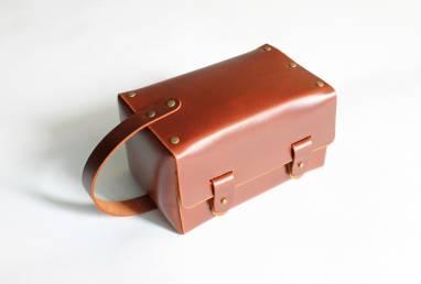 Кожаная косметичка (Dopp Kit) ручной работы