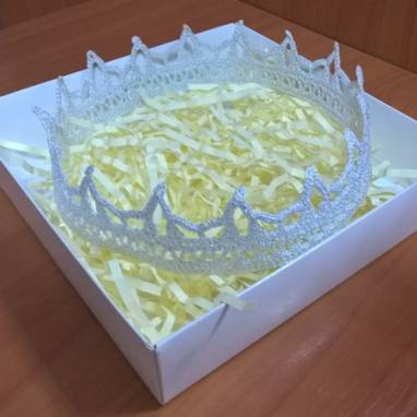 Ажурная корона для принцессы ручной работы