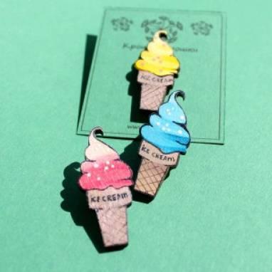 Брошка Мороженое ручной работы