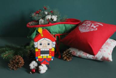 VIP подарок со Щелкунчиком к новому году ручной работы