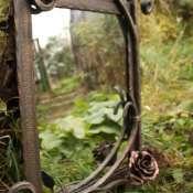 Зеркала в кованых оправах
