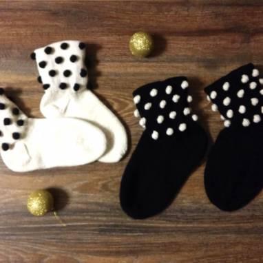 Вязаные носки с шишечками ручной работы