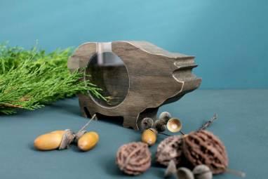 Свинка копилка из дерева ручной работы