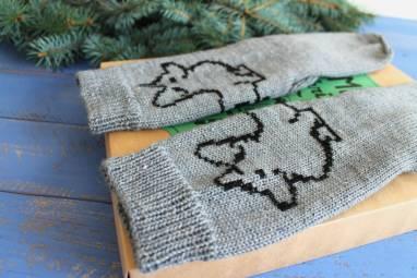 Носки вязанные мужские с с собакой ручной работы