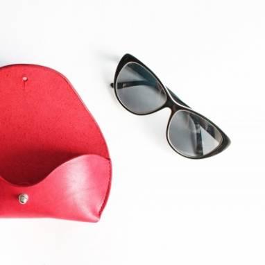 Футляр для очков кожаный (red) ручной работы