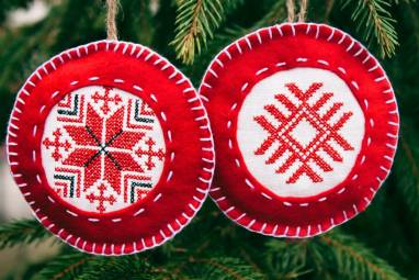 Новогодние игрушки на елку ручной работы