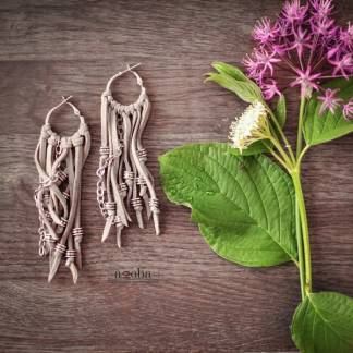 серьги в бохо-стиле из натуральной кожи