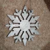 Снежинка серебряная