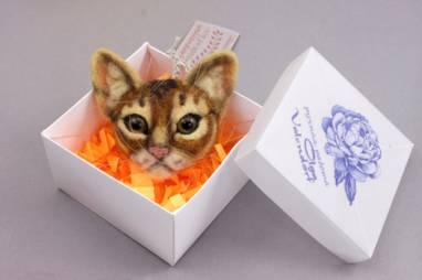 Брошка из шерсти абиссинская кошка ручной работы