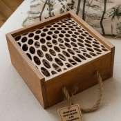 Деревянная коробка для подарка красивая