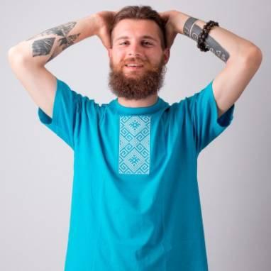 """Мужская футболка вышиванка """"Сонейка"""" ручной работы"""