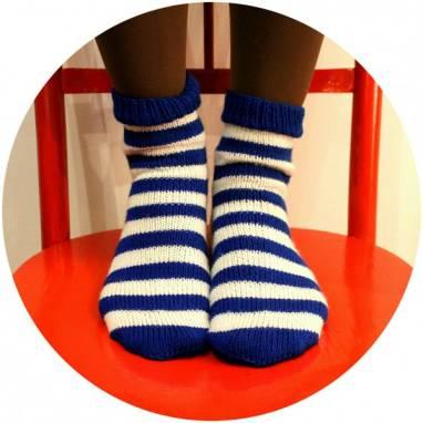 полосатые вязанные носки ручной работы