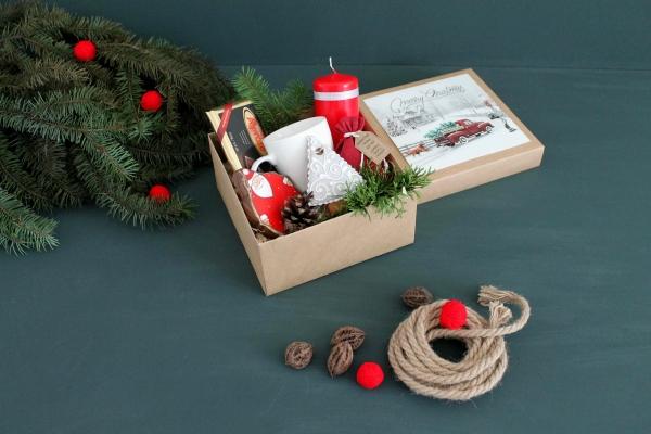 25d32ce34755 Красивый Новогодний подарок ручной работы ...